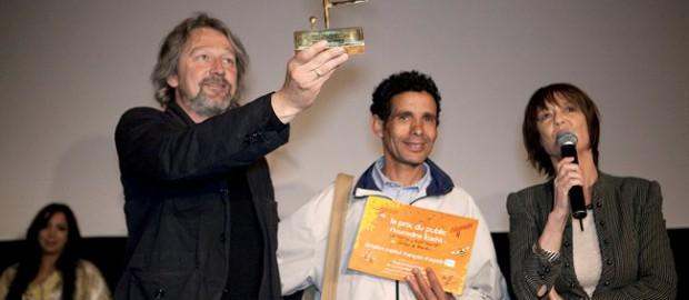 """(Français) Le prix du Public récompense """"Le thé ou l'électricité"""""""